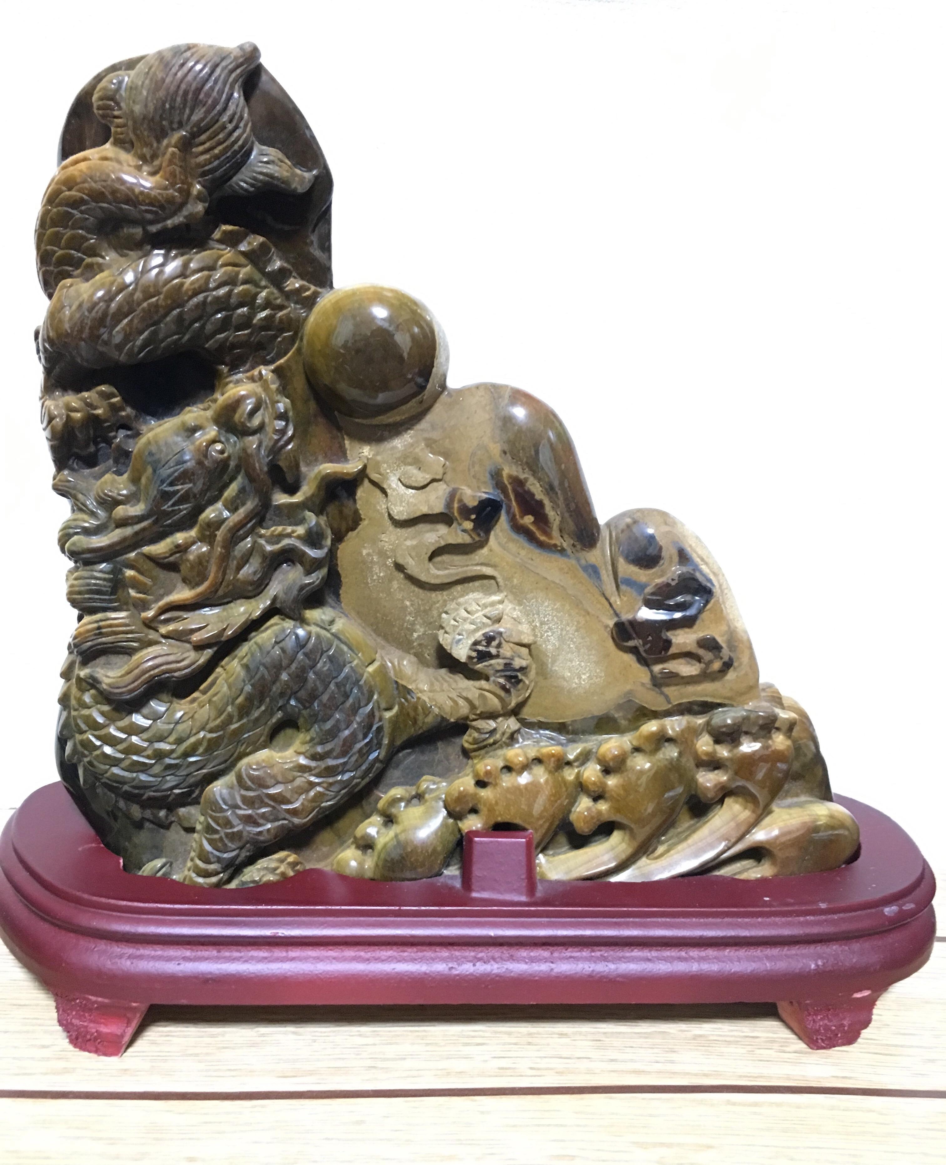 天然石コレクション  龍彫りタイガーアイ
